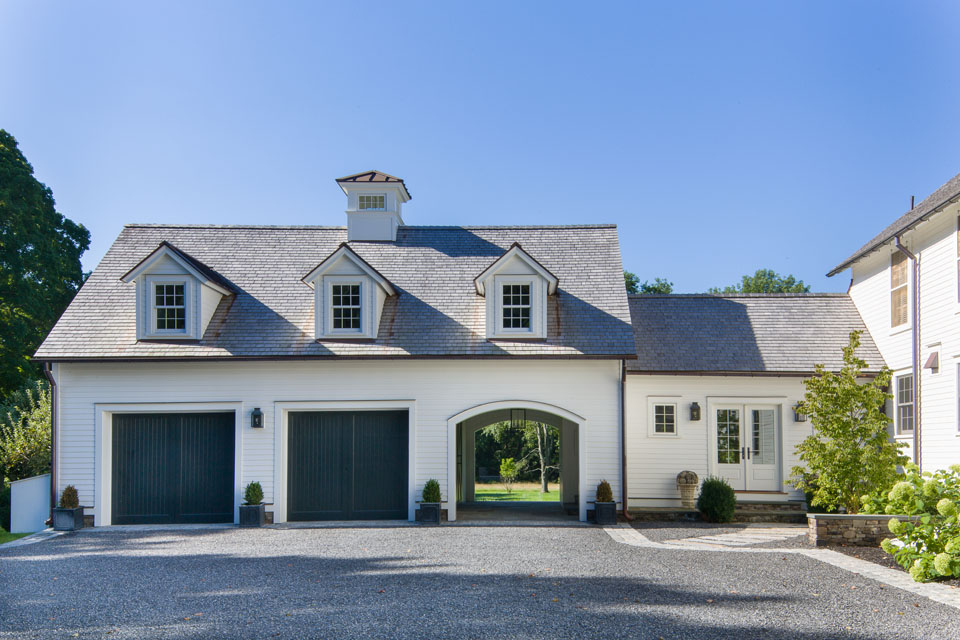 Custom build garage carriage house with attached vestibule